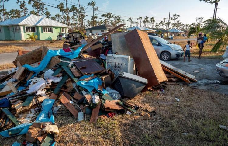 Aumenta a 53 la cifra de muertos en Bahamas a causa del huracán Dorian