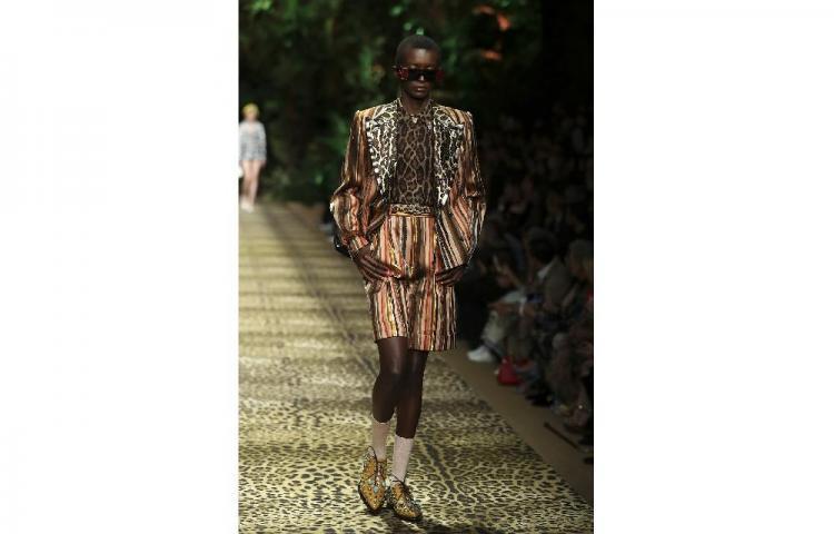 """Dolce&Gabbana llevan el estampado animal al extremo con su """"jungla"""""""