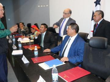 Comisión busca nuevas divisiones en las comarcas