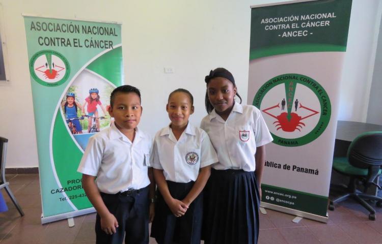 ANCEC premia a estudiantes de educación básica en oratoria y dibujo