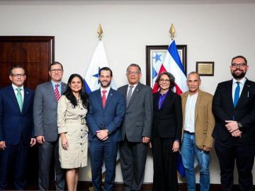 Panamá y Costa Rica revisan las condiciones de su intercambio comercial
