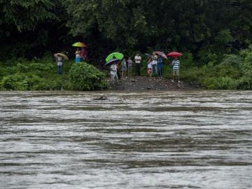 Lluvias dejan dos niños muertos y 400 casas anegadas en Nicaragua