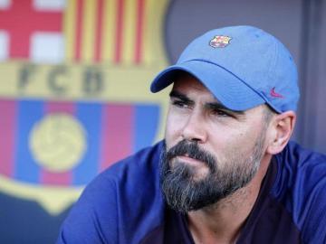 Valdés tiene un pie fuera del Barcelona