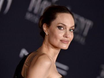 Jolie se sintió perdida al casarse con Brad