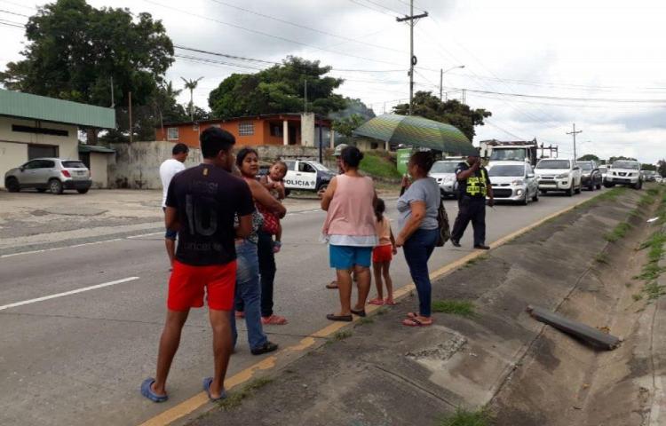 En Villa Mireya de Capira quieren un puente peatonal