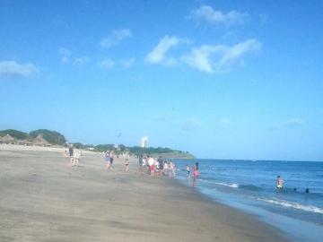 Joven fue de paseo, se metió al agua y se ahogó en playa Farallón