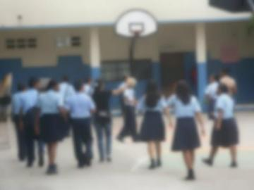 Alumnos se graban mientras hacían actos inmorales en el aula