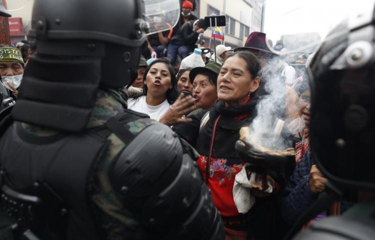 Fuertes disturbios junto al Parlamento de Ecuador, Bastilla de lucha indígena