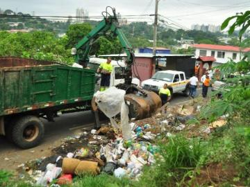 Revisalud no saldrá mañanaa recoger la basura en San Miguelito