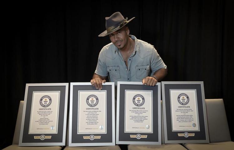 Romeo Santos bate cuatro récords Guinness por la venta de álbumes tropicales