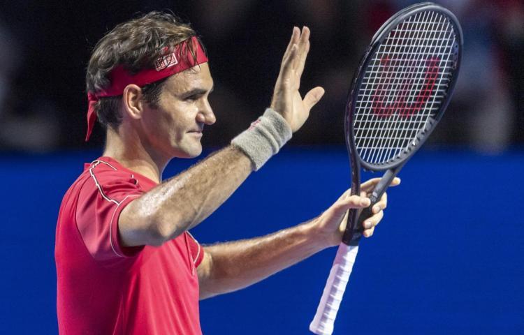 Federer ganó nuevamente en su Basilea natal