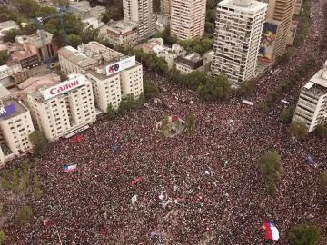 Un millón de personas marcharon en Chile contra Piñera y la desigualdad social