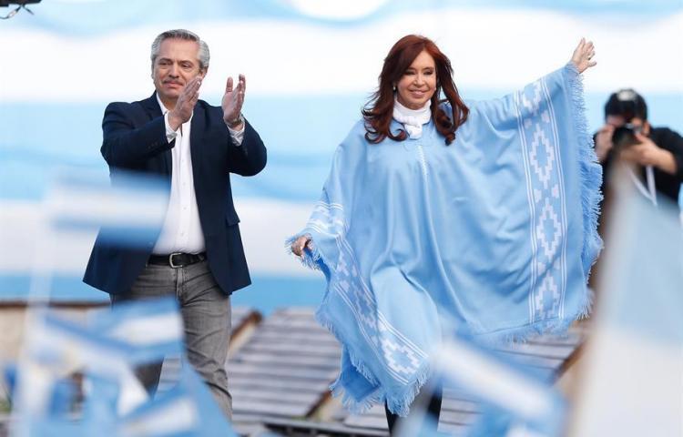 Los argentinos deciden sobre el retorno del peronismo al poder