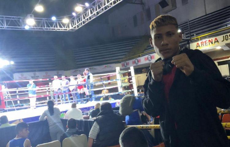 Medalla de plata para el boxeo panameño amateur en México.