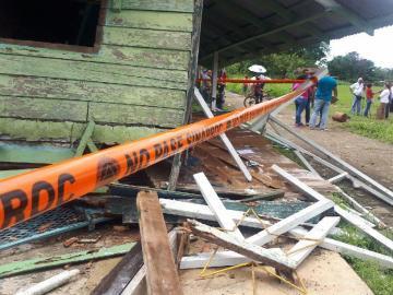 Damnificados por el sismo en Barú esperan sus casas