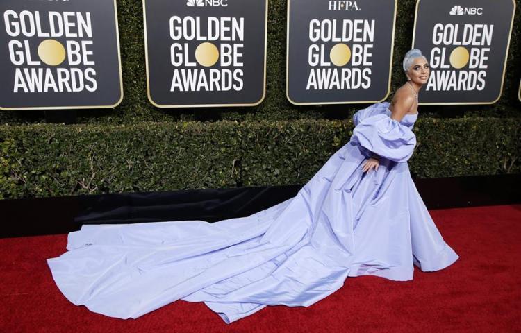 Subastarán un vestido de Valentino para Lady Gaga que quedó olvidado en un hotel