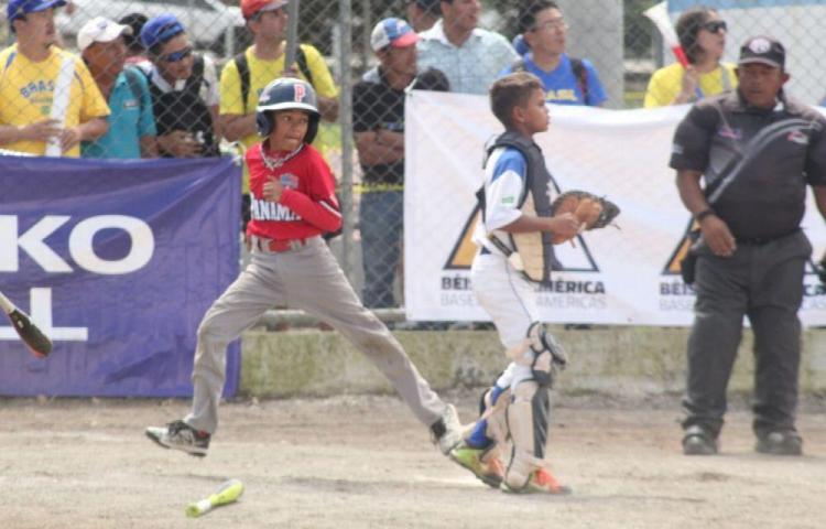 Panamá se acerca a la final del panamericano