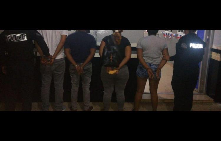 Cinco aprehendidos por triple crimen