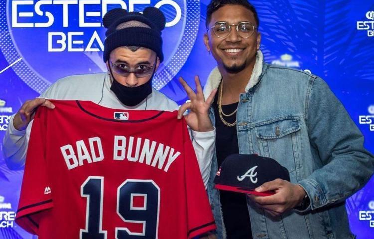 Camargo parquea con 'Bad Bunny'