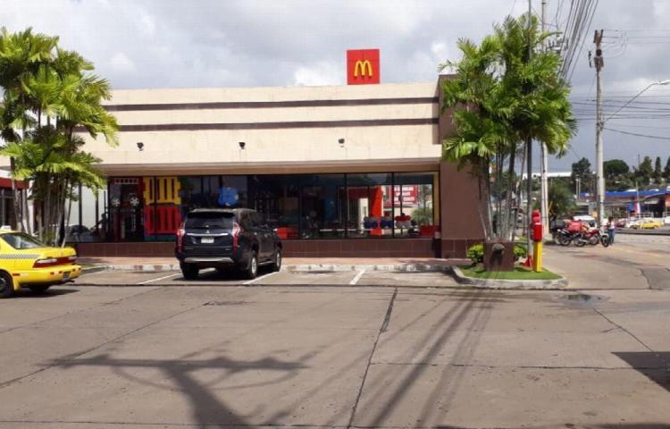 Ladrones tienen de congo a restaurantes de comida rápida en Panamá Oeste