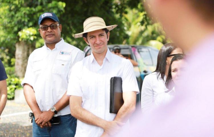 Ministro de turismo lamenta lo sucedido en Nombre de Dios, Colón