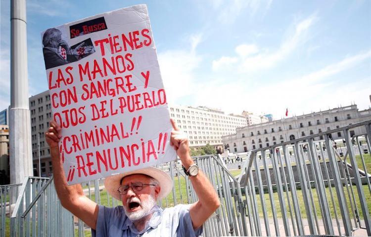Gobierno de Chile analiza cambiar la Constitución