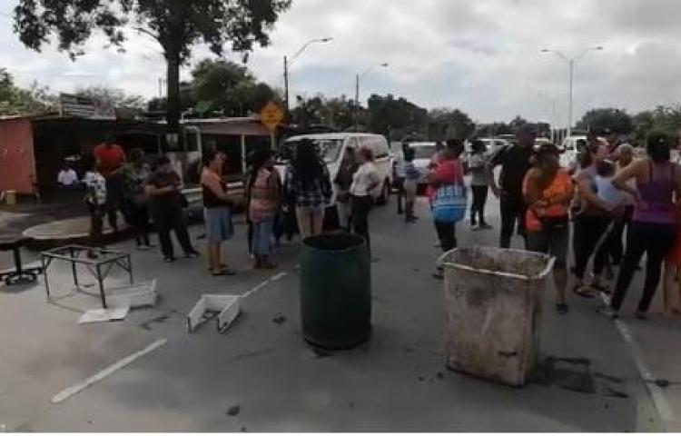 Moradores de Panamá Viejo protestan, no quieren medidores de luz
