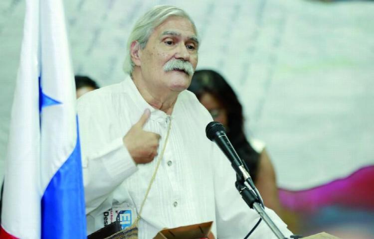 'Cositas', libertad de prensa y el Día del Periodista panameño
