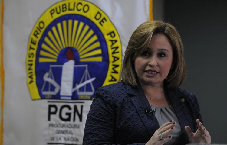 """En Panamá hay un """"caso fuerte"""" contra FCC, dice fiscal al anunciar dimisión"""