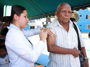 Actividad científica analizará el impacto de la vacunación