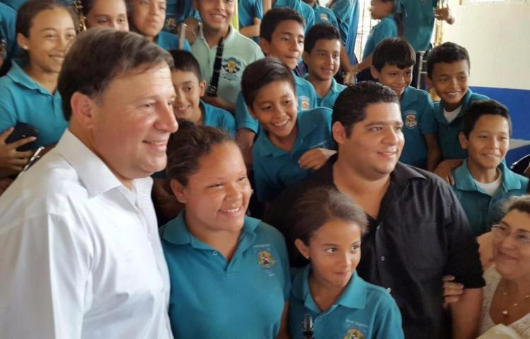 Varela presenta denuncia por espionaje