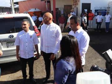 Mariano Rivera, abanderado en Puerto Caimito