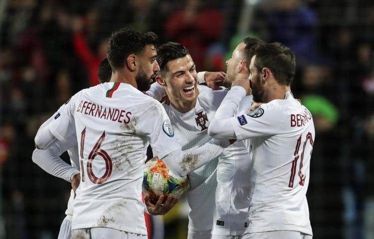 Portugal logró el pase a la Eurocopa y defenderá el título