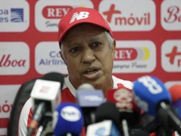 'Tolo' Gallego, por ahora, seguirá al frente de la Selección de Panamá