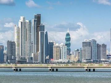 Panamá emite bonos por 1.300 millones de dólares para prefondear deuda