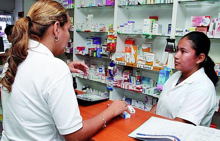 Especialistas advierten de mal uso de los antibióticos