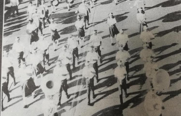 Así eran los desfiles patrios hace 80 años