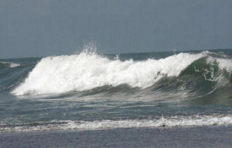Ante posibles lluvias emiten aviso de alerta por mareas altas