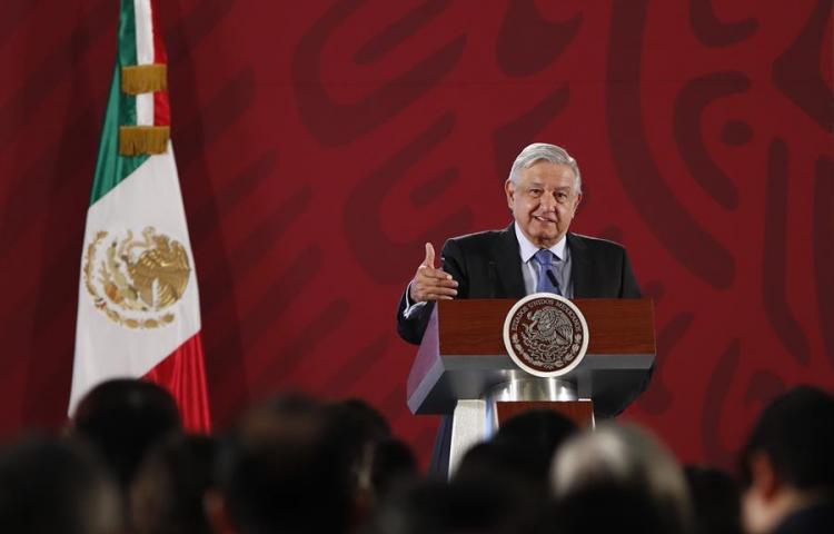 """Presidente de México rechaza """"intervencionismo"""" en polémica sobre cárteles"""