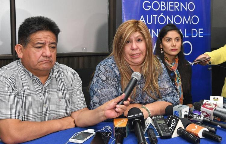 """La alcaldesa boliviana regresa tras el """"viacrucis"""" que pudo costarle la vida"""