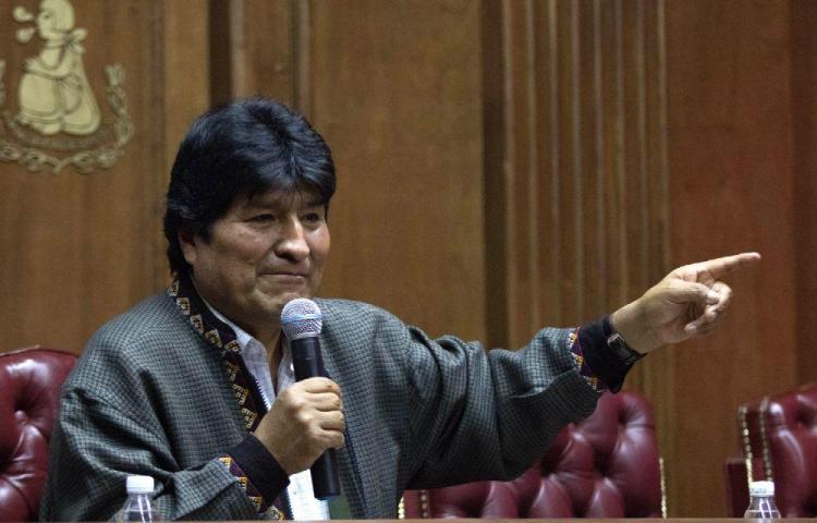 Evo Morales dice que Interpol lo busca por cargos de terrorismo
