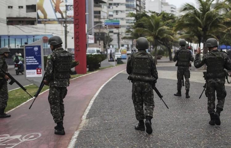 Rehenes son liberados en Río después de cerca de ocho horas de secuestro