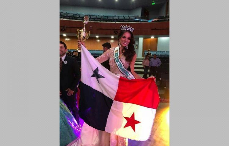 Panameña gana concurso en Ecuador