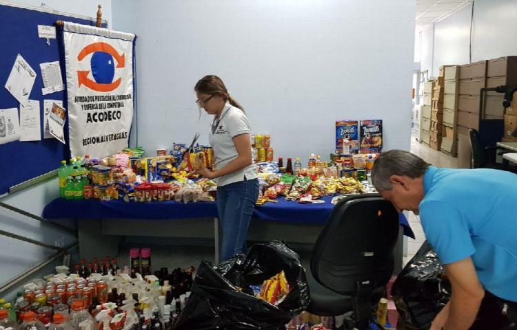 Mil 700 productos sacados de las calles por anomalías