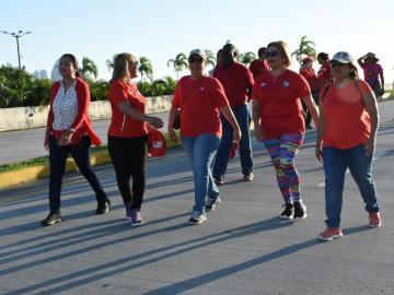 Con carrera caminata conmemoran el Día Mundial de la lucha contra el VIH/SIDA