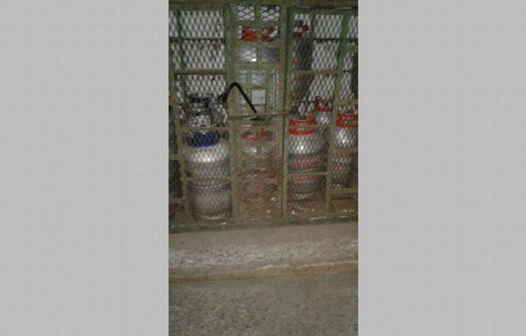 Quería cocinar con tanques de gas gratis en su casa en Pesé
