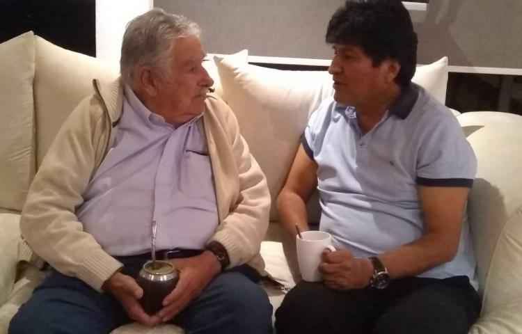 José Mujica se reúne con Evo Morales durante su visita a la Ciudad de México