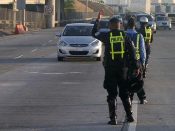 Más de dos mil multas impuso la Policía el pasado fin de semana