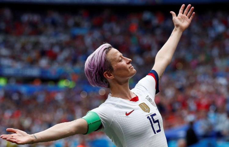 Megan Rapinoe logró el Balón de Oro femenino