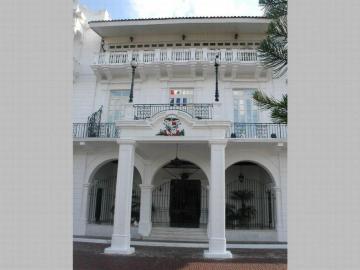 El Ejecutivo se gastará 2.8 millones en remodelación del Palacio